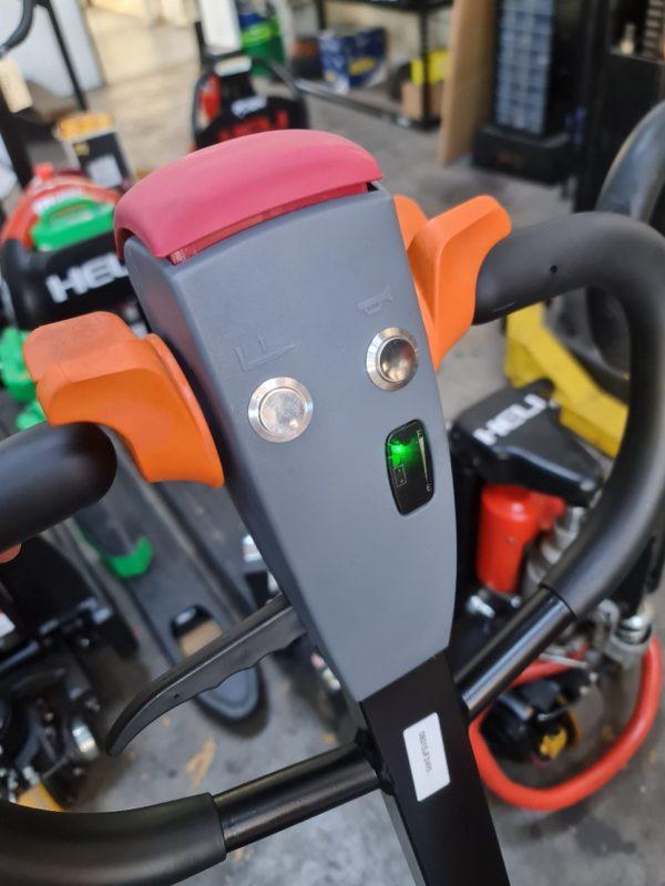 Heli Electric Pallet Jack (CBD15J-LiS) 6