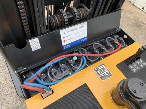 Sumi HDR1.5-3.7TRI Electric Walkie Reach 6