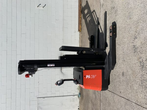 Heli Walkie Reach Stacker (CQDH14-850) 4