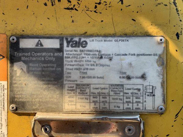 Yale used forklift - GLP25TK w/ Sideshift & Fork Positioner 5