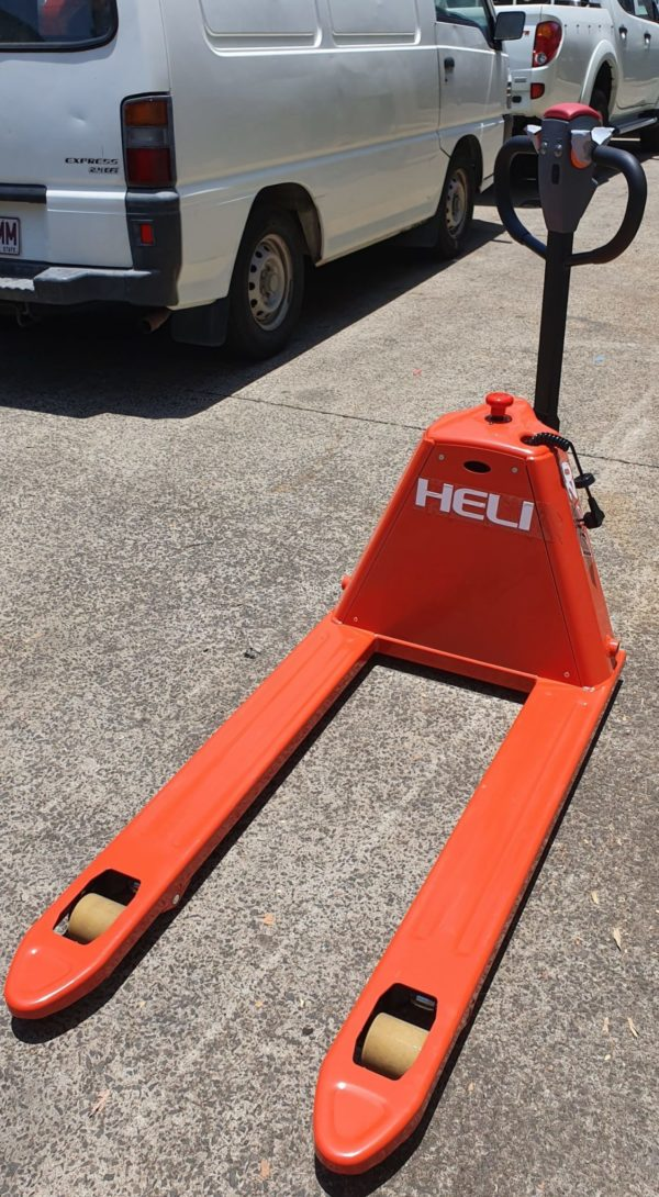 Heli Semi Electric Pallet Jack - Narrow (CBD20J-B) 1