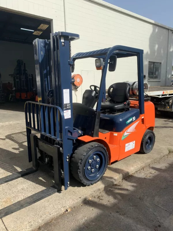 Used Heli G2 Series 3T Forklift 1