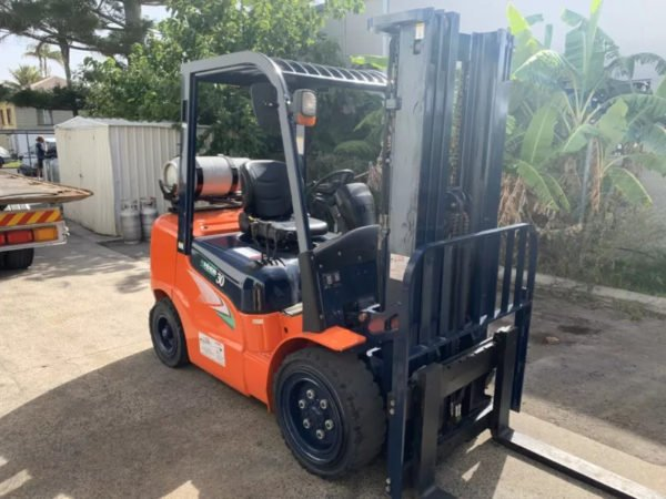 Used Heli G2 Series 3T Forklift 4