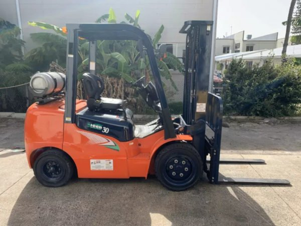 Used Heli G2 Series 3T Forklift 7