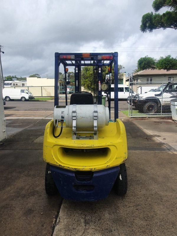 Komatsu 2.5T Used LPG Forklift 5