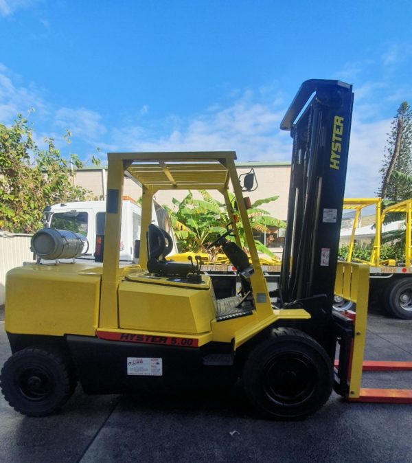Hyster 5T Used Forklift - H5.00DX w/ Sideshift 5
