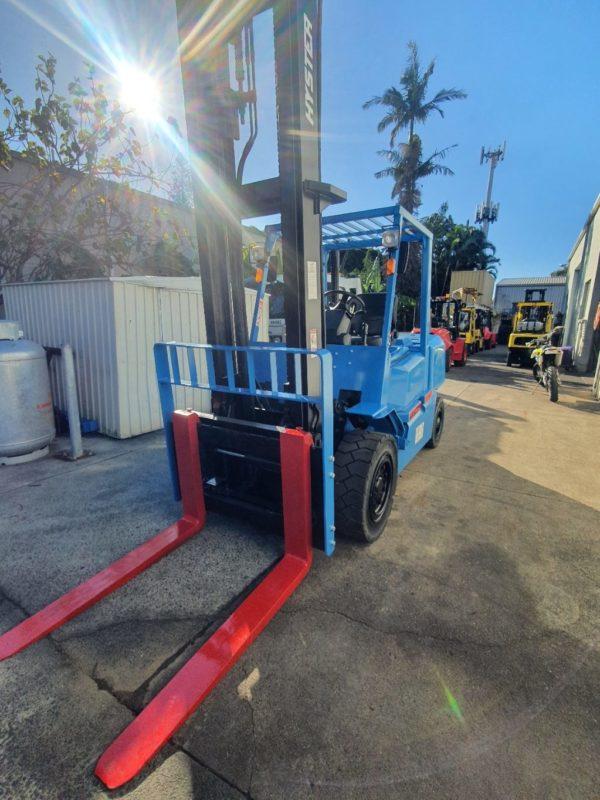 Hyster 5T Diesel Used Forklift - H5.00DX w/ Sideshift 5