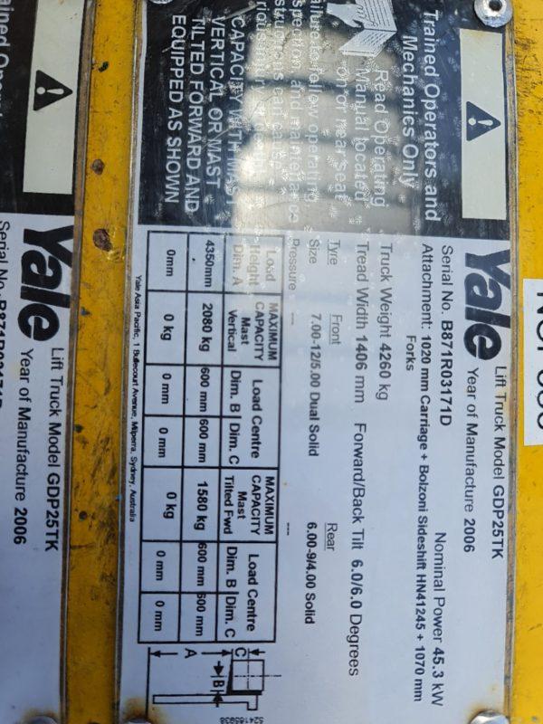 Yale 2.5T Diesel Used Forklift - GDP2.5TK w/ Sideshift & Fork Positioner 7