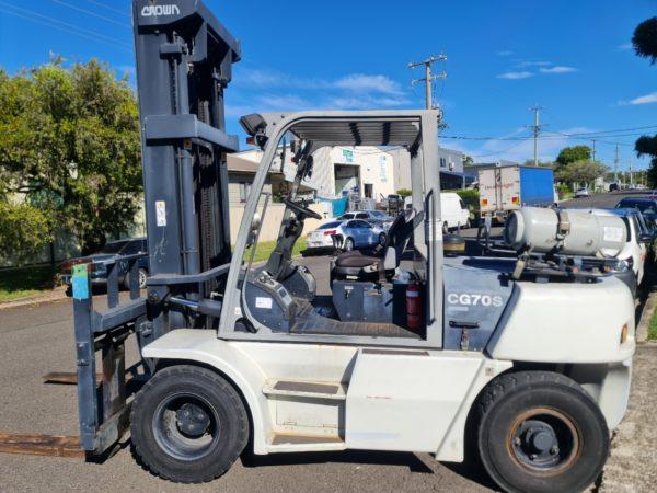 Crown 7T LPG Forklift - CG70S-5 4