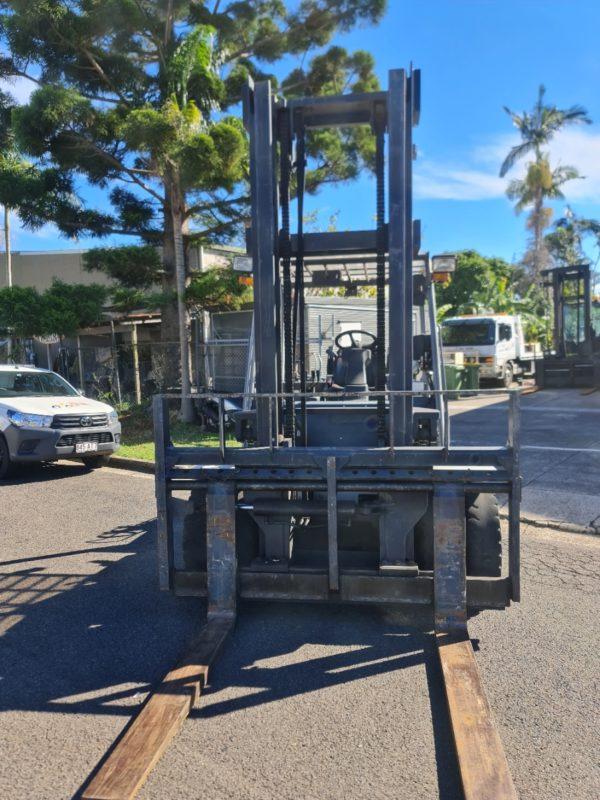 Crown 7T LPG Forklift - CG70S-5 5